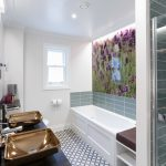 The contemporary bathroom in the Lavendula feature room