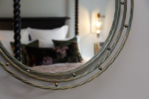 Shot of a mirror in the Tulipa room