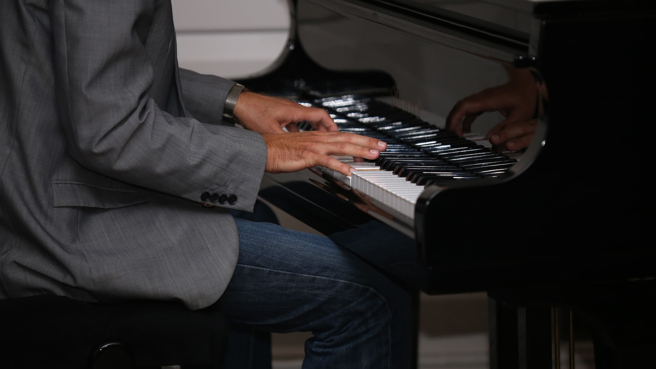 Live Jazz Friday and Saturday Nights at Gonville Hotel